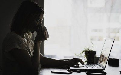Wat is de eenvoudigste manier om vanuit huis te werken?